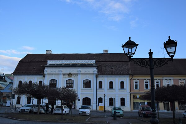 Budova knižnice Mateja Hrebendu v Rimavskej Sobote.