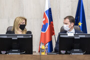 Prezidentka Zuzana Čaputová a premiér Igor Matovič na zasadnutí Bezpečnostnej rady.