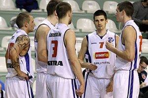 Po odchode Warda a Vida bude Jakub Novysedlák (7) patriť medzi najskúsenejších hráčov mladého tímu Nitry.