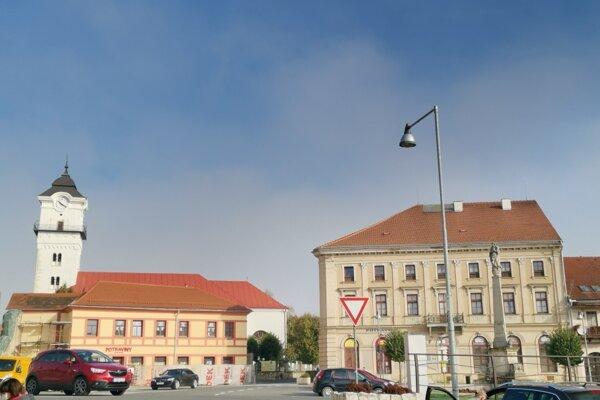 Spišské Podhradie. V meste i okolí evidujú stovku prípadov ochorenia Covid-19.