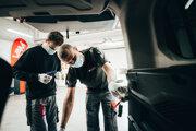 Vampire LITE je elektromechanický zabezpečovací systém, ktorý chráni vaše vozidlo komplexne.