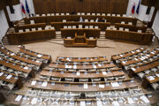 Prázdna rokovacia sála po prerušení 16. schôdze NR SR.