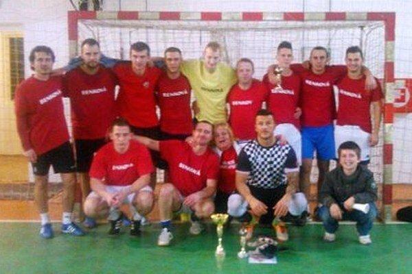 Víťazné mužstvo Benková.