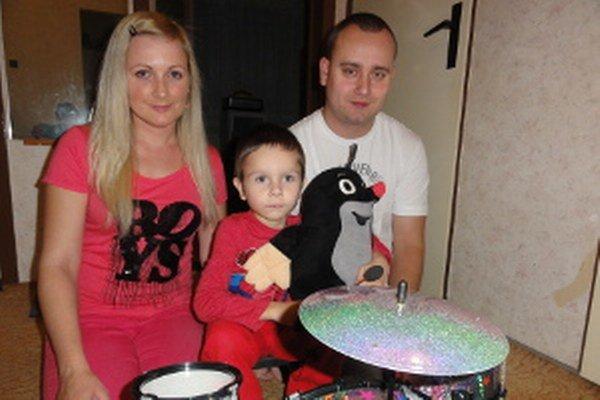 Martinko s rodičmi.