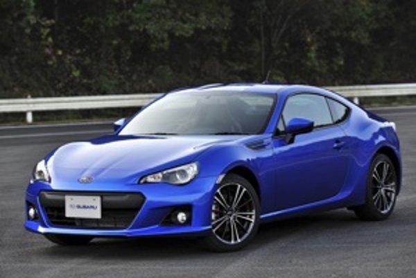 Subaru sa samozrejme najčastejšie ukazuje v typickej modrej farbe.