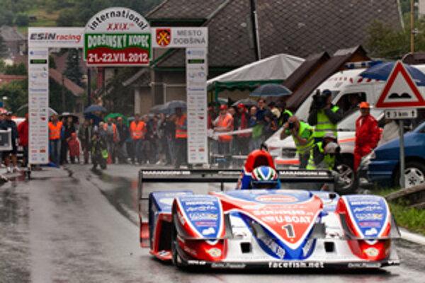 Simone Faggioli zvíťazil v každej jazde. Na suchu aj v daždi. Novým rekordom trate 2:23,850 zvýšil úroveň podujatia aj latku výkonov v Dobšinej.