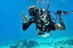 Vášňou Mariána Pobjeckého je potápanie, má za sebou vyše 3500 ponorov.