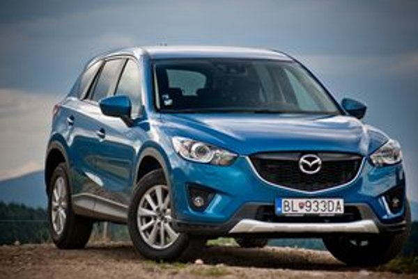 Mazda CX-5 sa v teste ukázala ako efektívne auto. Efektívne jazdou, vnútorným priestorom a aerodynamikou
