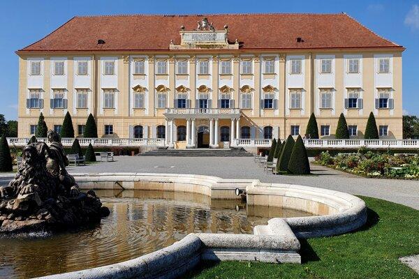 Barokový klenot - zámok Schloss Hof