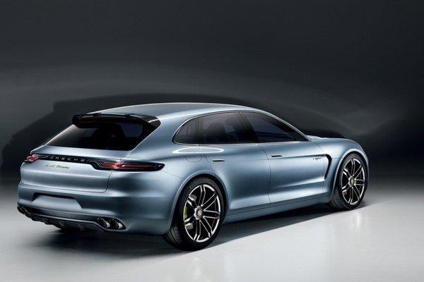 Porsche s batohom sa volá Panamera Sport Turismo
