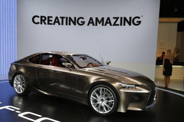 Lexus LF-CC dostane nové hybridné pohonné ústrojenstvo.