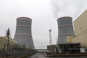 Prvá bieloruská jadrová elektráreň pri meste Astravec v Hrodnianskej oblasti ležiacej pri hraniciach s Litvou.
