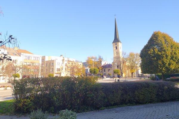 Nová zeleň má pribudnúť aj na Hlavnom námestí.