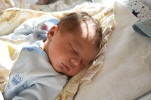 Nino Brezáni (3340 g, 50 cm) sa narodil 17. októbra Romane a Máriovi z Dubnice nad Váhom.