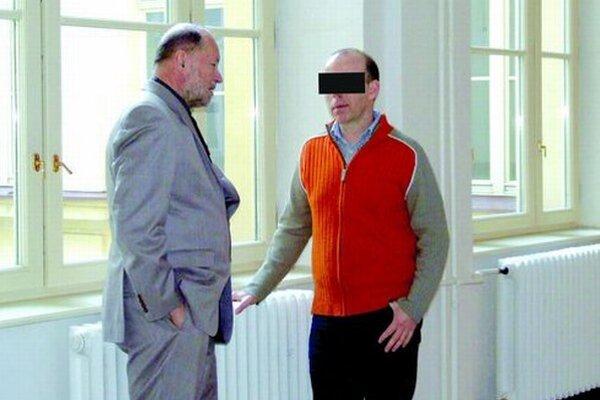 Zoltán P. sa k podvodu s pozemkom priznal. Kto sfalšoval podpis primátora, však údajne nepovedal.
