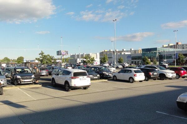 Retail Park vo Zvolene plánuje investor rozšíriť.