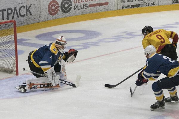 Danišovský síce strieľa prvý gól Topoľčian, no tri body si odvážajú hostia.