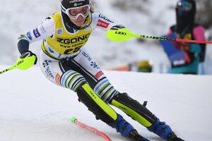 Slovinka Ana Buciková v 2. kole prvého slalomu novej sezóny Svetového pohára v alpskom lyžovaní žien vo fínskom Levi.