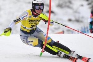 Rakúšanka Katharina Liensbergerová v 2. kole prvého slalomu novej sezóny Svetového pohára v alpskom lyžovaní žien vo fínskom Levi.