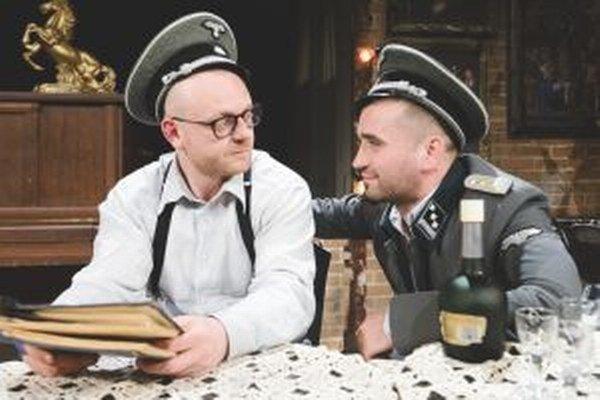 Láskavé bohyne - Ľuboš Kostelný a Milan Ondrík.