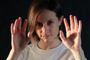 Bianka Urbanovská je inštruktorkou empowering sebaobrany pre ženy a deti. Organizuje kurzy sebaobrany Za seba.