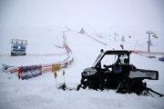 Preteky zrušili pre silný vietor a sneženie.