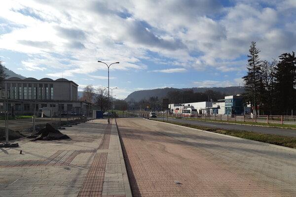 Rekonštrukcia okolia železničnej stanice je dlhoočakávaným projektom.