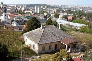 Toto zostalo po vojne v Veľprepoštského paláca.