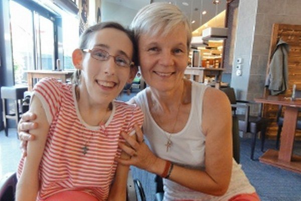 Bojovníčka Saška s mamou Zuzanou.
