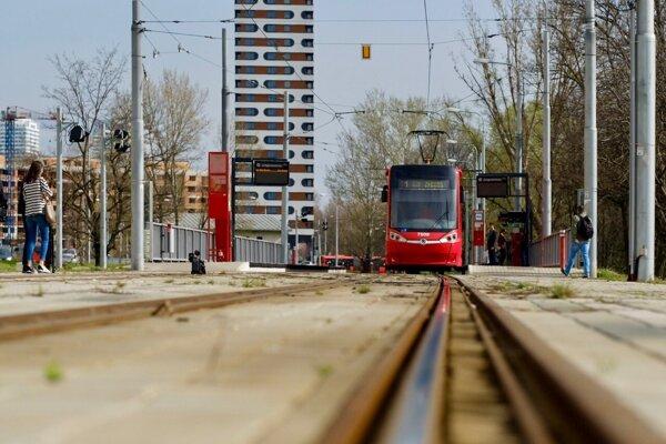 Mesto pokračuje v príprave výstavby druhej etapy električkovej trate v Petržalke.