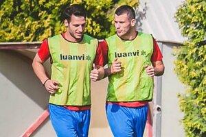 Novými tvárami sa to na ViOne len tak hemží. Toto je dvojica nových Srbov - zľava Miloš Nikolič a Dušan Djuričič.