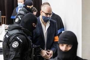 Pavol Rusko po vyhlásení verdiktu v kauze zmenky na Najvyššom súde.