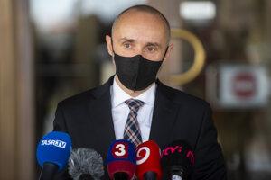 Predseda Výboru NR SR pre európske záležitosti Tomáš Valášek (Za ľudí).