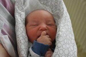 Mia Rudinská (3510 g, 49 cm) sa narodila 3. januára Simone a Davidovi z Novej Dubnice.