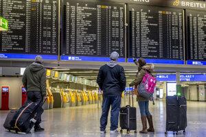 Nemecko chce zastaviť lety, Belgicko a Fínsko sa už zatvorili.