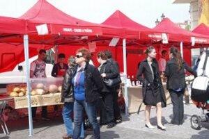 Nápad s utorkovými trhami na námestí sa v Nitre stretol s priaznivou odozvou.