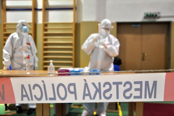 Predpoklad o nižšom záujme o antigénne testovanie potvrdzujú z mesta aj obcí.