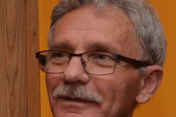 Jozef Krištoffy st., člen OZ ahlavný iniciátor nápadu.