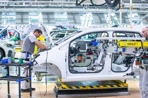 Advokátska kancelária Paul Q má vo svojom portfóliu poradenstvo v oblasti pracovného práva pre bratislavský závod Volkswagenu.