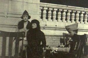 Giuliana Benzoni (vľavo), jej matka Teresa Ruffino (v strede) a Milan Rastislav Štefánik.