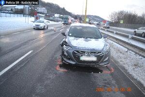 Škoda na aute bola vyčíslená na 3 000 eur.