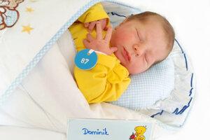 Dominik Budinský z Handlovej sa narodil 10. 2. v Bojniciach
