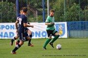 Futbalisti Podhájskej (v zelenom) odohrali na jeseň aj zápas Slovnaft Cupu proti Kalnej.