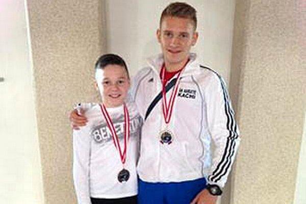 Enriko Duška a Samuel Dávid z ŠK Kachi získali medaily v Salzburgu.