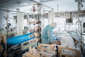 Covidová nemocnica v Galante.