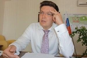 Hlavný inšpektor práce Róbert Bulla hovorí, že na škole v Branči zistili jeho kontrolóri viaceré porušenia zákonov.
