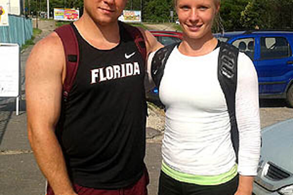 Marcela Lomnického sme zastihli v piatok po tréningu v Nitre. Na snímke so sestrou Nikolou.