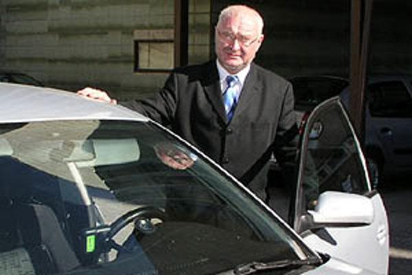 Tibor Tóth bol odvolaný z pozície krajského šéfa SDKÚ.