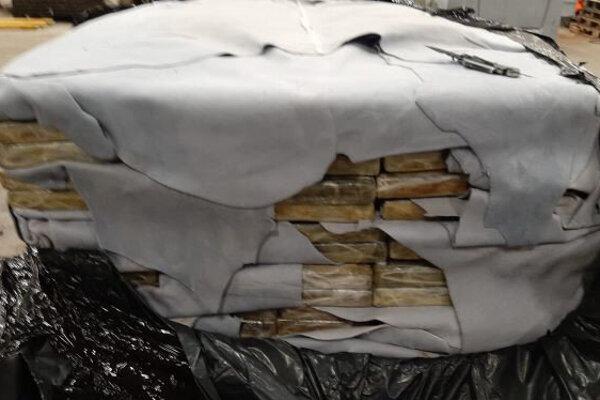 Balíčky s kokaínom objavené v belgickom prístave v Antverpách.