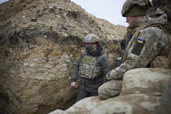 Ukrajinský prezident Volodymyr Zelenskyj navštívil východ krajiny.